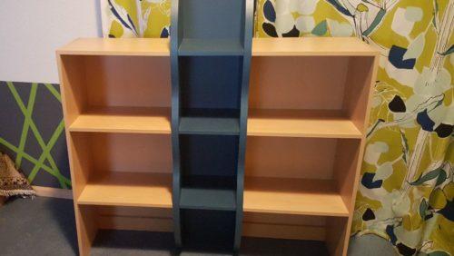 Bücherregal Und Schrank Mit Truhe Gratis Abzugeben Möbel Wohnen