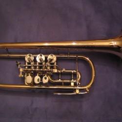 YAMAHA YTR-946G Custom C-Trompete